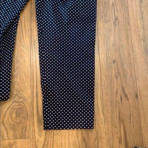 Ann Taylor Pants - Brand new NWOT Ann Taylor crop pant size 6